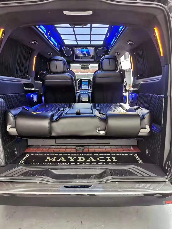 奔驰新威霆高配置升级,大空间舒适内饰,国六豪华商务车