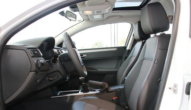 一箱油能跑900km,首款E-NCAP碰撞测试5星车型,现却没人想要买