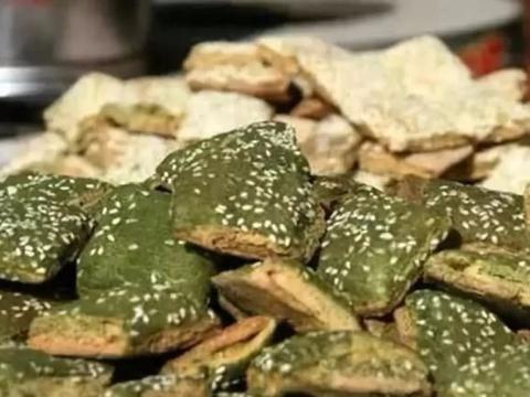 """宁波特色美食""""千层饼"""",又脆又酥,甜咸适口,越吃越香"""