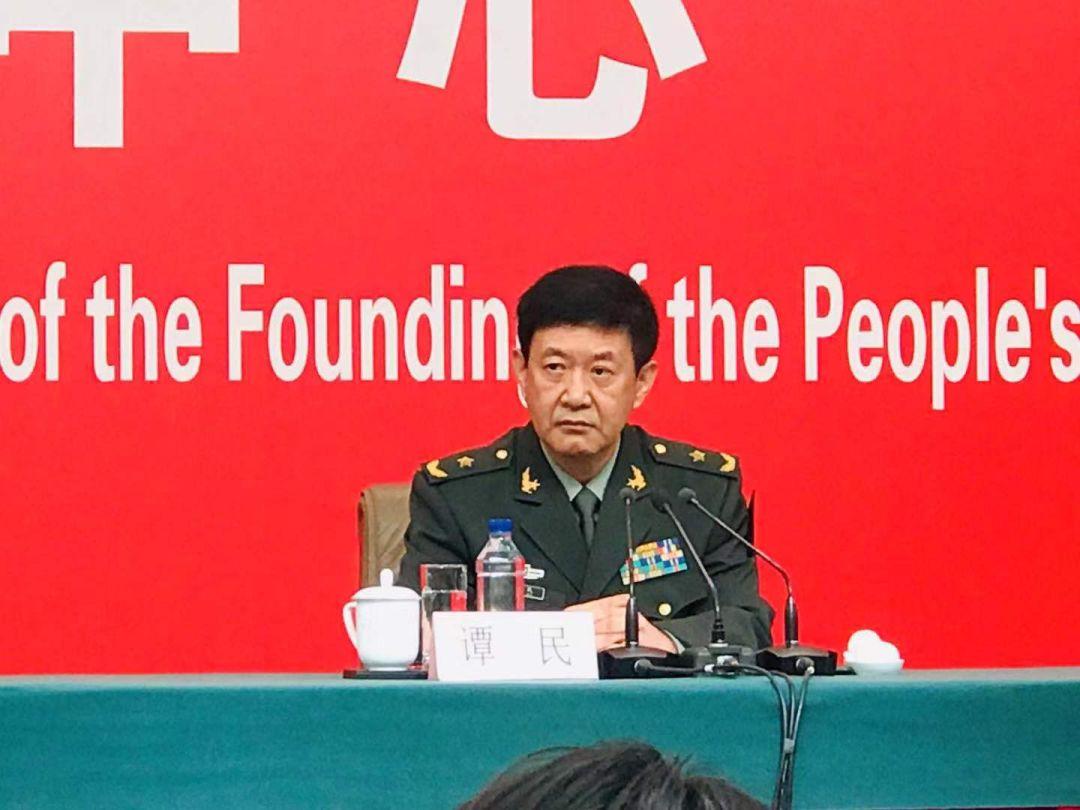 阅兵结合批示部办公室常务副主任、中国群众束缚军中部战区副顾问少谭平易近少将。全球网记者 何卓满 摄