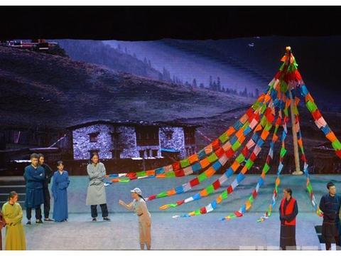 献礼新中国成立70周年:西南民族大学上演《红色征途》