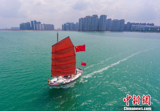 香港建筑师借鉴宋代海船打造特色中式帆船亮相海南