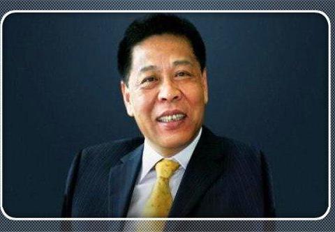他是浙商代表,将6万元小厂做到190亿日化巨头,让国际对手害怕