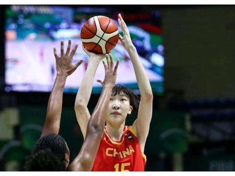 中国女篮47分大胜菲律宾!王者实力不惧青铜,神勇表现看哭男篮!