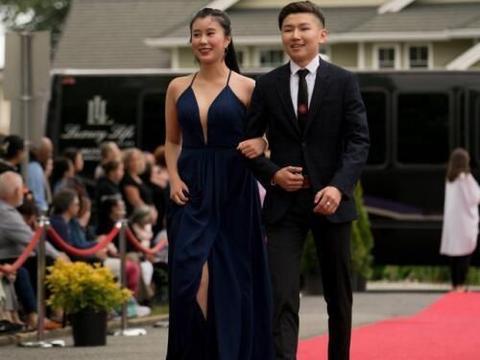 16岁的杨海润和35岁的黄圣依,谁才是少女?网友:差距太明显
