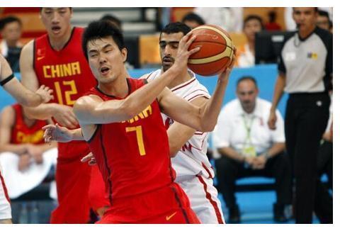 王仕鹏:男篮球员有人世界杯出现失眠 国家队应配备随队心理医生