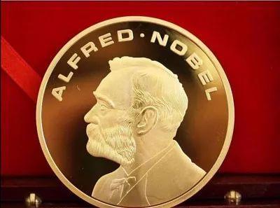 特朗普叫板奥巴马,也想要个诺贝尔奖,难道是小红花人手一个?