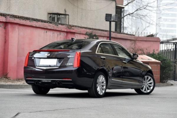 最高优惠9万,这些豪华B级车卖得比凯美瑞便宜,还看啥宝马3系?
