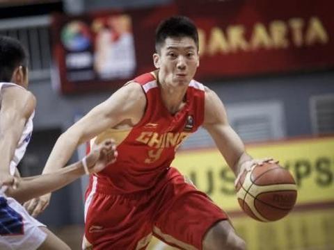 5中5砍13分!前国青潜力后卫终爆发,他能成为中国男篮希望吗