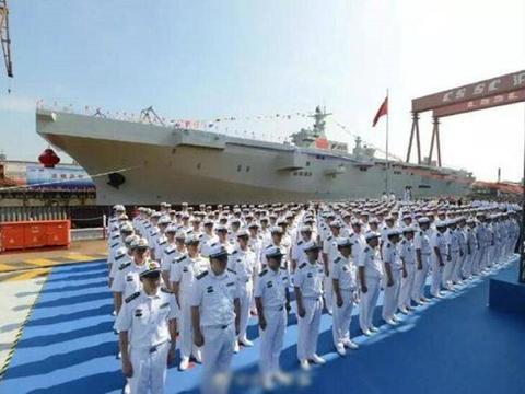 不是航母和万吨舰,亚洲大国一海上巨兽成功下水,上千人日夜赶工