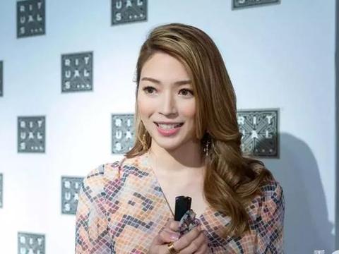 香港女歌手自嘲没身材 出演TVB《使徒行者3》要色诱袁伟豪