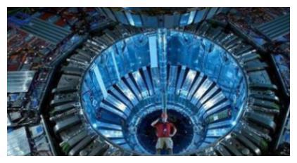 中国为何不建大型强子对撞机?诺奖得主杨振宁分析缘由