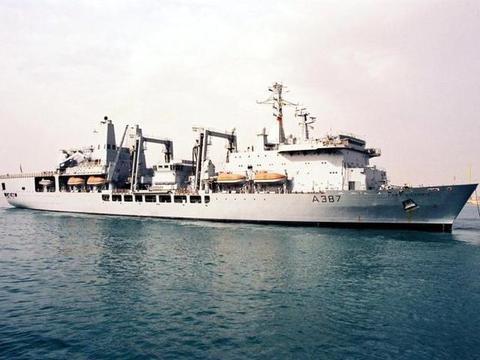 英国现役最大的补给舰,至今已服役达30年以上