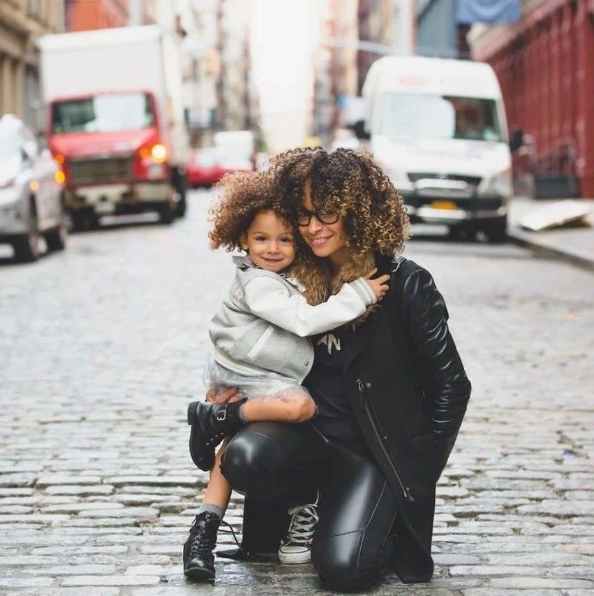 毁掉一个孩子最好的办法,就是给他物质奖励