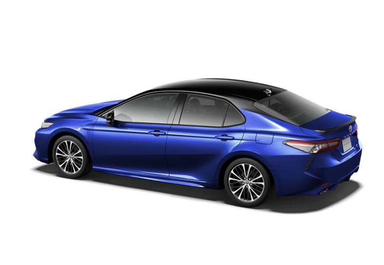 提供两驱、四驱版本/12月发布 新款凯美瑞日规官图曝光