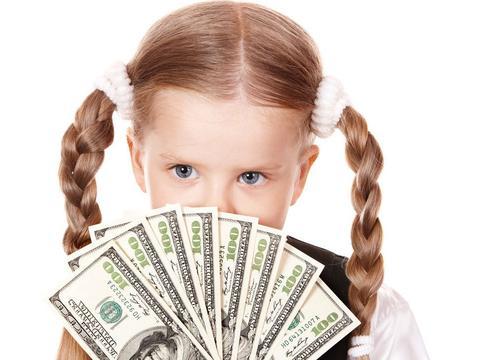"""孩子不愿做事,父母""""物质奖励""""来凑,要谨防""""德西效应"""""""