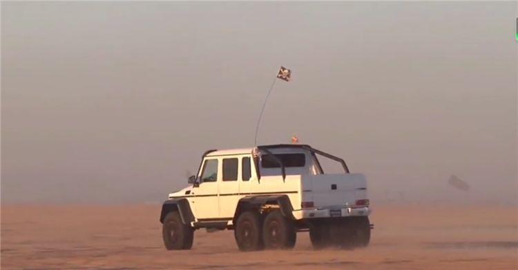900万巴博斯 6X6冲沙,配37寸轮毂,马力700匹,国内仅1台
