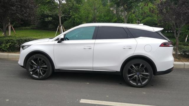 国产比亚迪唐这款SUV,它的油耗有多高?看车主们的回答
