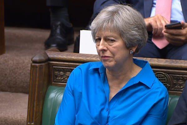 约翰逊议会解释脱欧协议 特蕾莎无动于衷