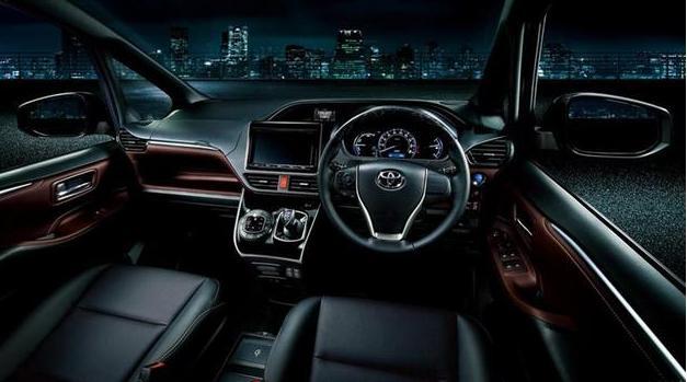 早就注册了商标,丰田这款MPV国产后只要十几万,锁定GL6