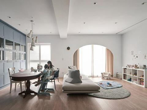 亲子住宅装修,客厅打造一个长滑梯的游乐区,玩耍收纳两不误!