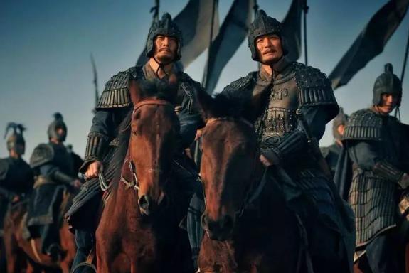 诸葛亮为什么要重用马谡?历史学家:他们的关系非比寻常