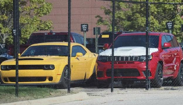 Urus向来不是地表最速量产SUV,因为有一台车叫大切诺基