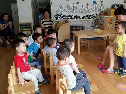 有这些特征的孩子,在幼儿园会混的如鱼得水,老师也很喜欢他们