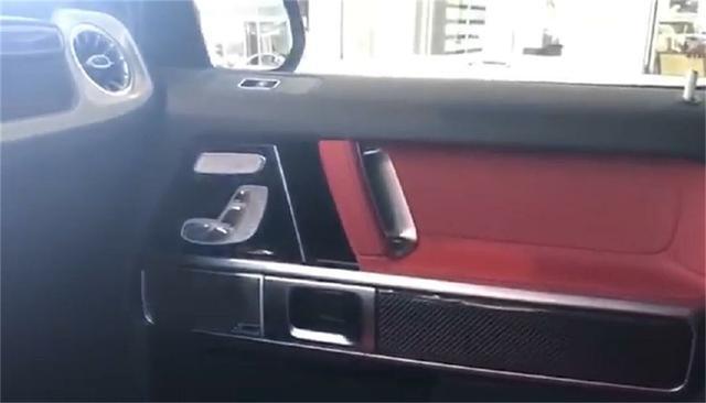 """吉林快3黑彩大小,实拍""""G63 AMG"""", 这款""""高奢侈""""现身上演中国红"""