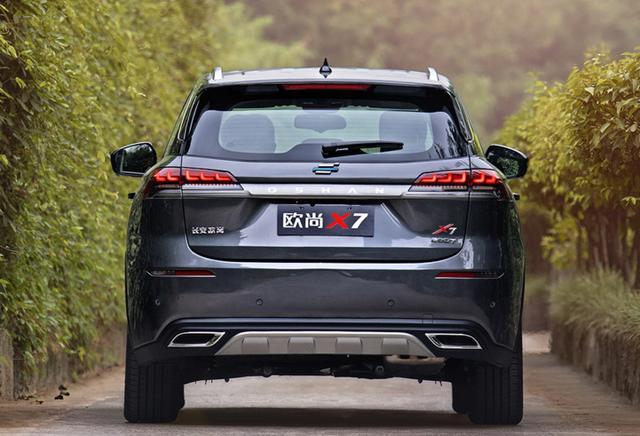 7.99万的长安欧尚X7,掀翻了同级别车型所谓的性价比