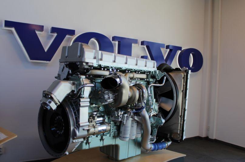 9年前18亿美元购得沃尔沃,为何不用其发动机?吉利这步棋真高