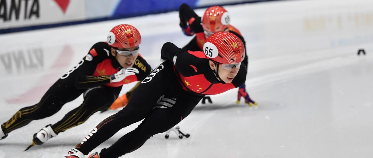 短道速滑项目直通国际比赛总决赛第一日鸣枪 韩天宇、范可新领跑积分榜