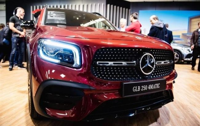 全新奔驰GLB实车亮相,轴距超2米8还配7座,1.3T动力够用!