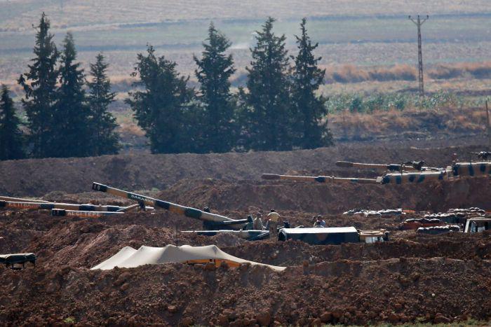 土耳其总统宣布发动军事行动 叙利亚东北部遭战机袭击