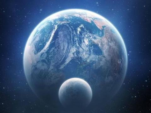 月球的自转公转周期出奇一致,会不会是外星飞船的伪装?