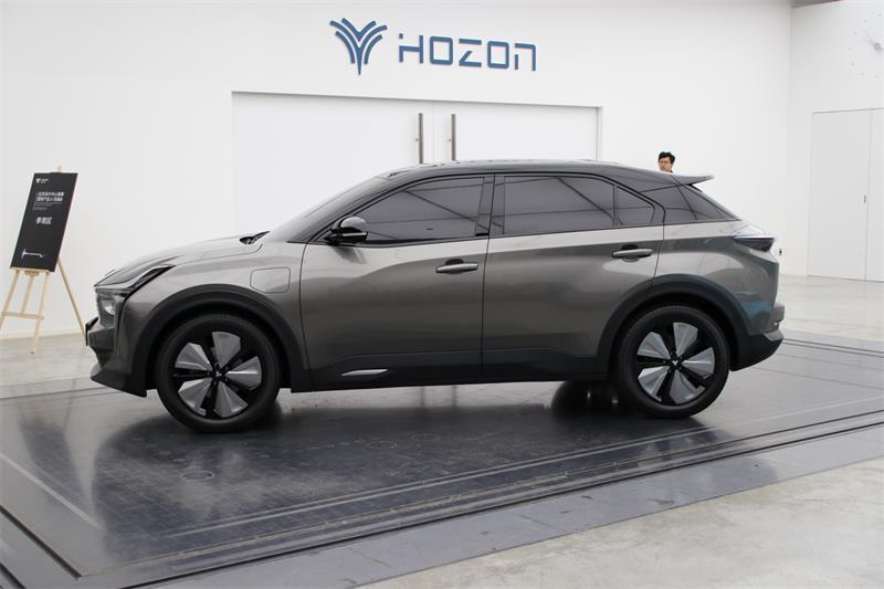 哪吒汽车与清陶新能源达成合作 共同推进固态电池的研发与应用