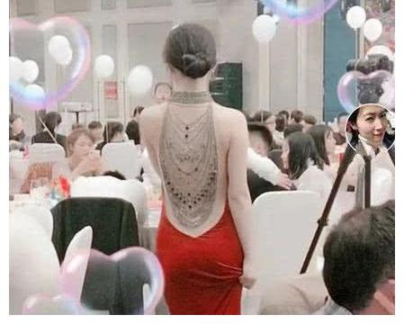 抖音玉背新娘咋火的?当她转身那刻,网友:我和新郎就差人民币