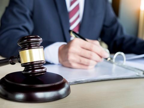 高院:达到退休年龄后,公司可随时解除且不支付补偿?