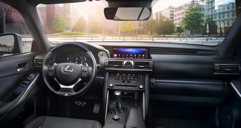 限量900台,推两驱/四驱共4款车型,雷克萨斯IS特别版官图发布