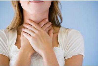 """慢性咽炎的""""克星""""来了,常用它泡水喝,润嗓利喉,远离咽喉炎"""
