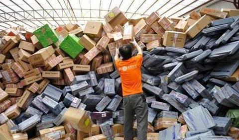 中国最赚钱的民营快递企业诞生!半年净赚31亿,击溃韵达和中通