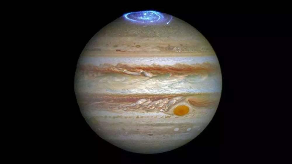 """木星大红斑下藏有液态水?""""朱诺号""""在这里发现了什么?"""