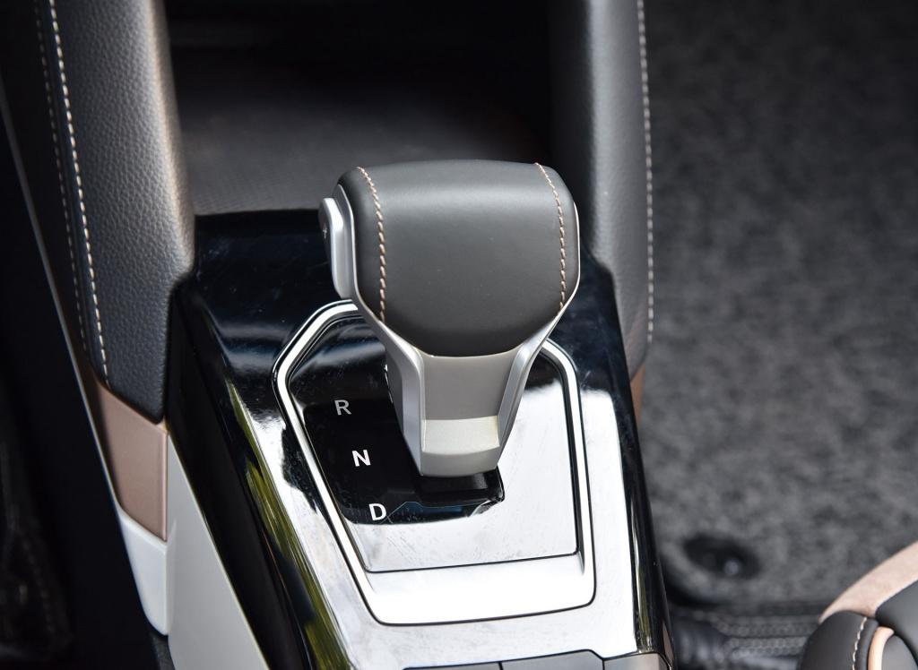 江淮大众首款车型 静态体验思皓E20X