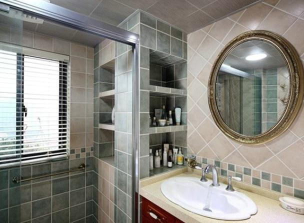 卫生间万万不要装置物架了,头一次见有人这样做收纳,太实用了