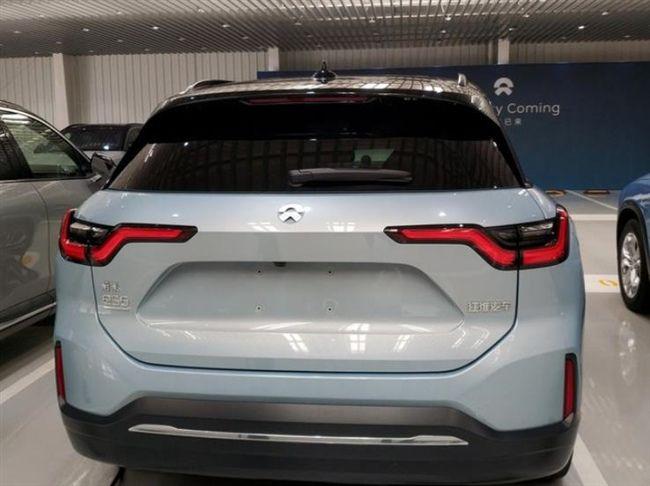 这款国产SUV定位高端,轴距2米9堪比奥迪Q5L,4.4秒破百!