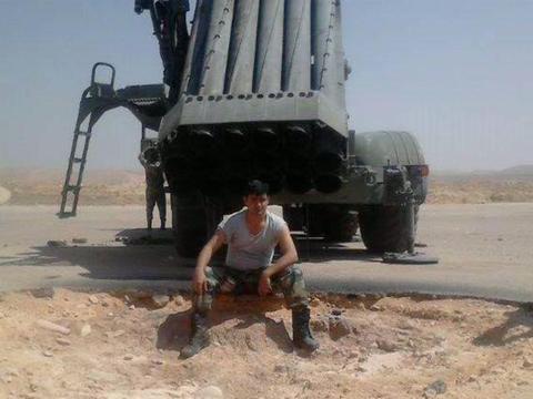 俄制龙卷风远程火箭炮性能如何?看叙利亚实战效果