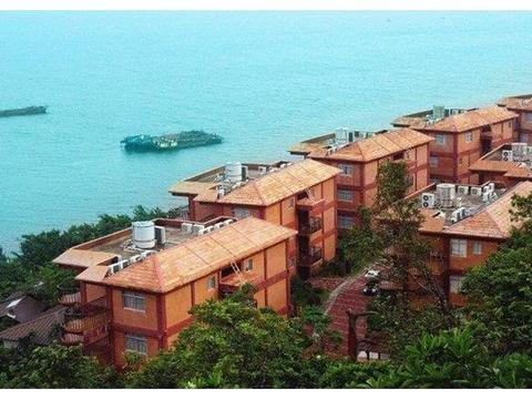 凤凰海景别墅双床房+双人放鸡岛票+双人往返船票+双人帆船观光