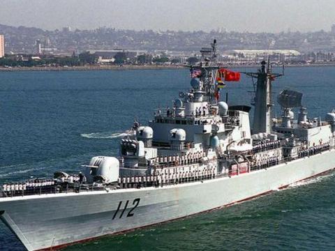 启动一艘驱逐舰或护卫舰,需要多长时间?