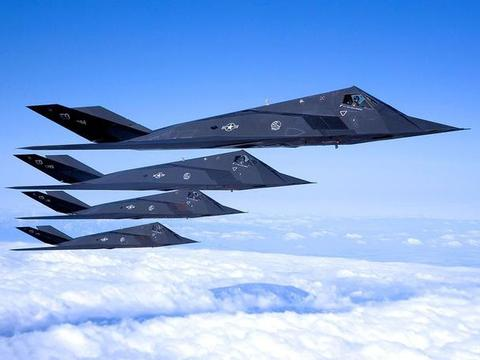 退役十多年后,51架隐形战机为何不销毁?一旦开战有大用