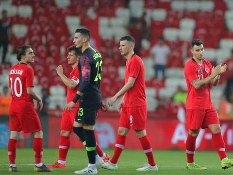 欧预赛直播:土耳其VS阿尔巴尼亚直播 阿尔巴尼亚恐难全身而退!